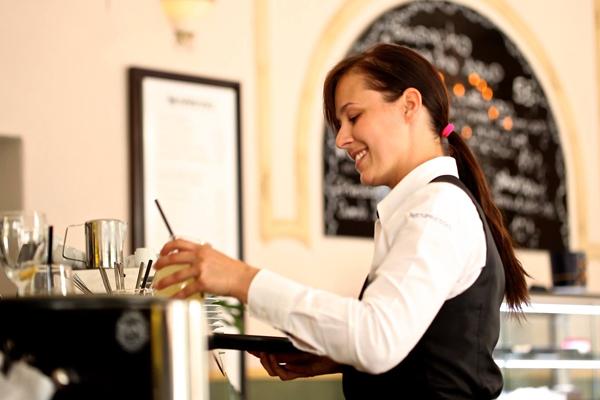 Curso de Servicio de Bar y cafetería