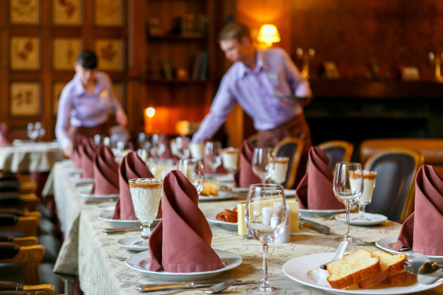 Curso de Servicio de Restaurante